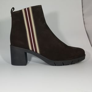 The Flexx Brown Suede Ankle Boot with Stripe